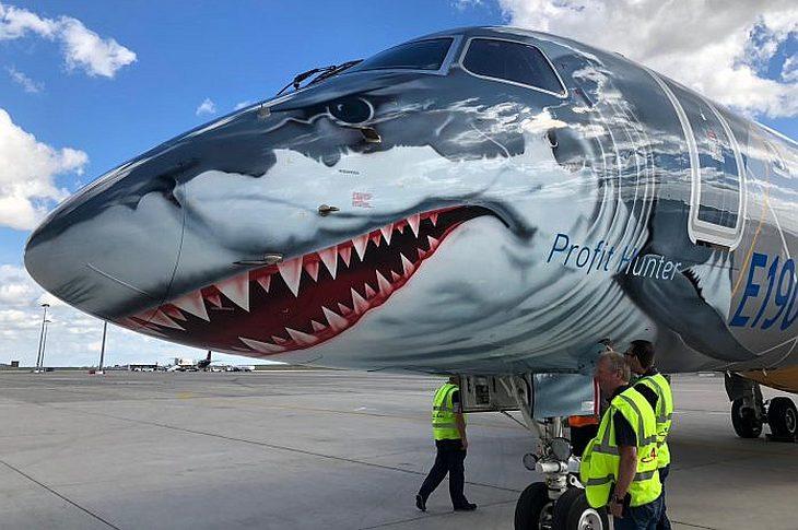 """Embraer E190 E2 """"Белая акула"""""""