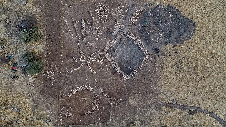 Раскопки в Бонджуклу Тарла