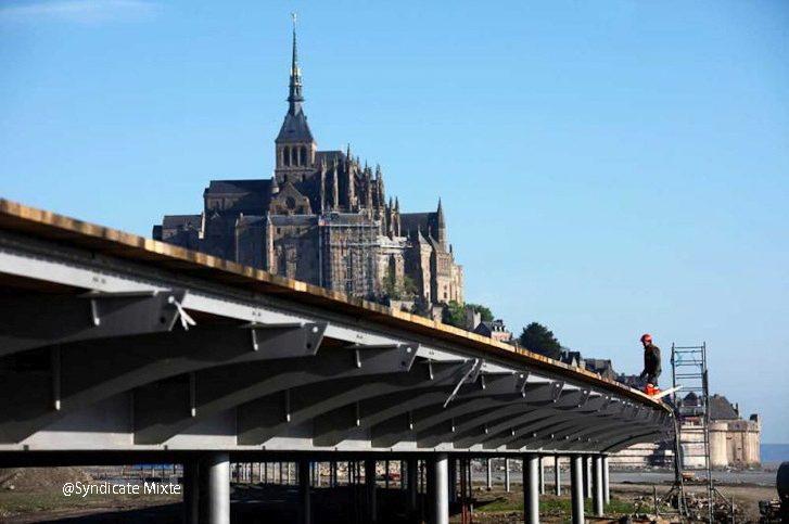 Мост к Мон Сен-Мишель