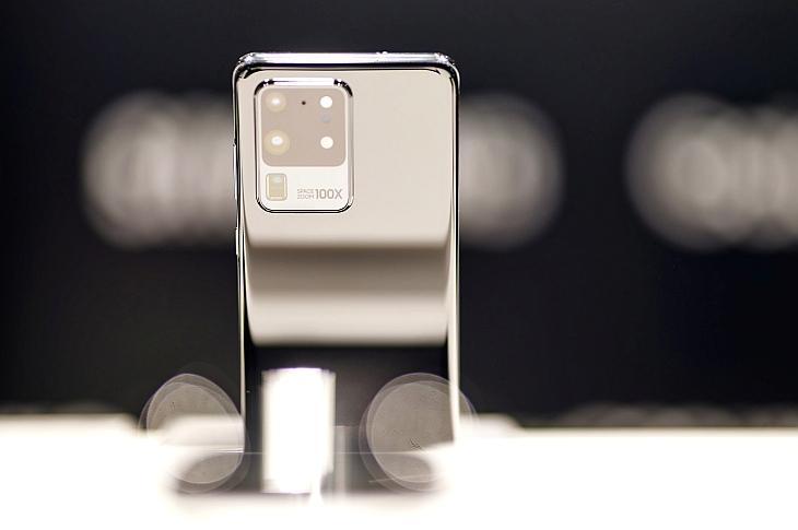 Смартфоны Galaxy S20 впечатляют 100-кратным зумом