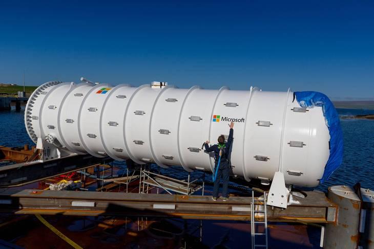 Подводный дата-центр Natick