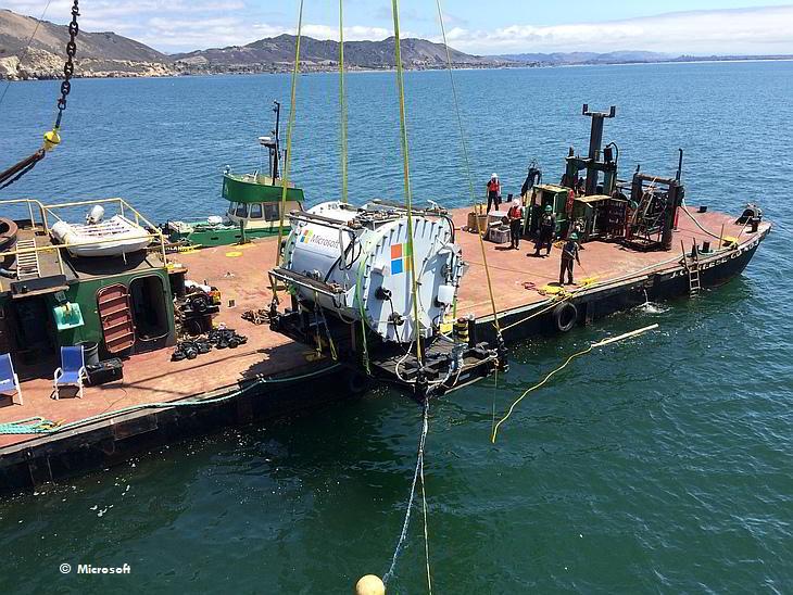 Подводный дата-центр Microsoft
