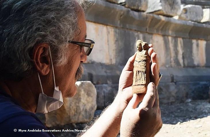 Возле Демре найдены статуэтки из древней Ликии