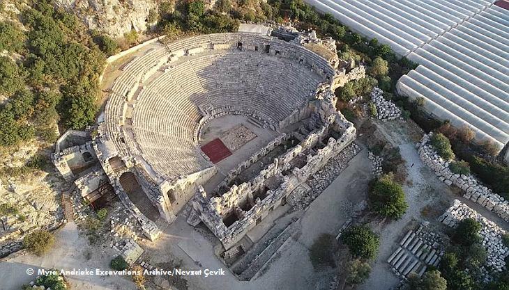 Римский амфитеатр в Демре