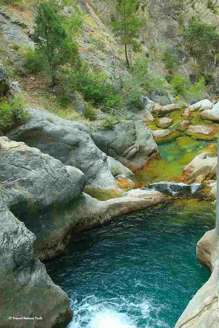 Горная река в Сападере
