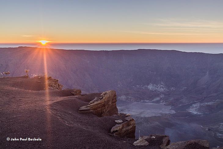 Кратер вулкана Тамбора